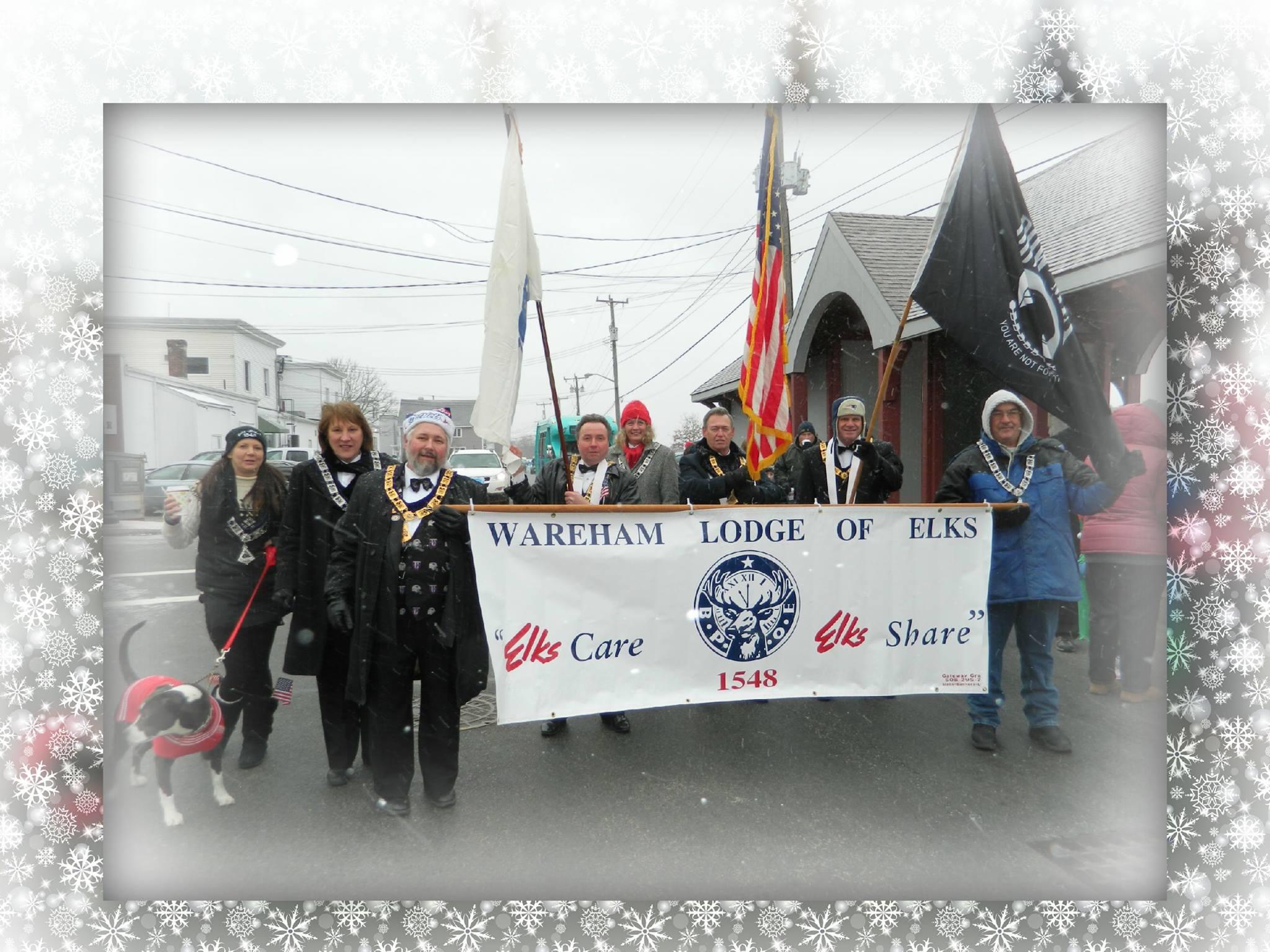 4 1548 Christmas Parade 2013